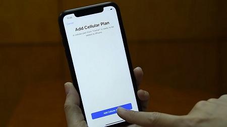 cai dat eSIM cho iphone nhanh chong
